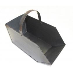 Gran recipiente de carbón de metal -