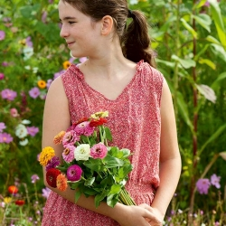 "Happy Garden - ""Zinnias, the garden hostesses""; Dahlia-flowered zinnia - variety mix; - 108 seeds"
